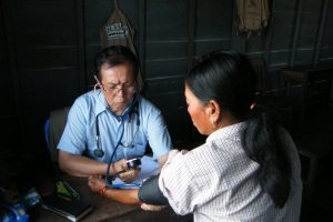 Dr Kho Vuthi - Médecin Chef MISSION HUMANITAIRE au Cambodge