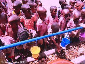 enfants ecole mission humanitaire en afrique