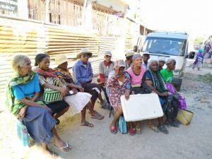 groupe de personnes mission humanitaire a madagascar
