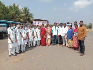 groupe de personnes action humanitaire en inde